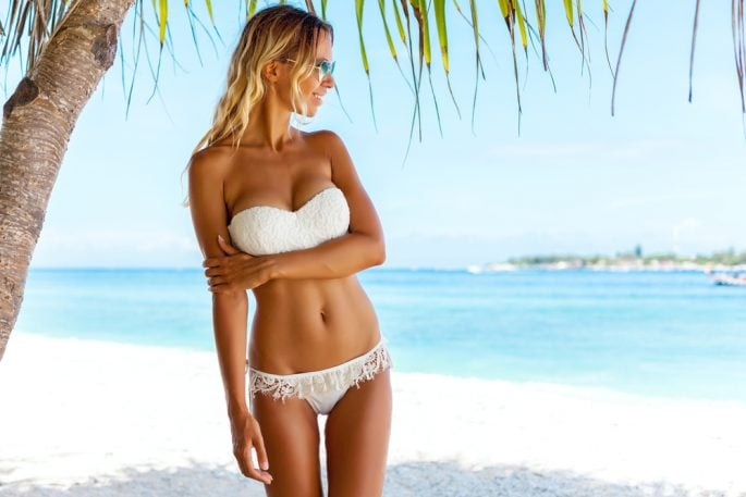 What is the Difference Between Liposuction and CoolSculpting?